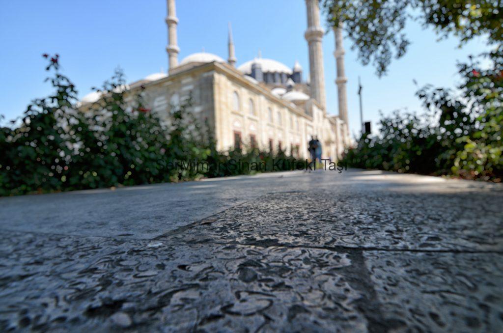 sermimar-sinan-kufeki-tasi-MussleStone-istanbul-tasi-bakirkoy-tasi-silivri-tasi-Selimiye-Camii-1024x678